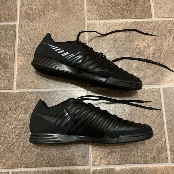 online retailer 29b8a a60e2 Nike Tiempo Legend 7 VII Academy IC Soccer Shoes
